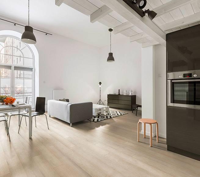 Landhausdiele in modernem Loft
