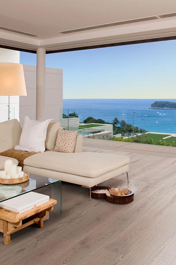 Echtholz-Boden von Woodline Parquetry: Landhausdiele im Strandhaus